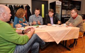 """Workshop I der """"Zukunftswerkstatt Alzey 2020"""" mit MdL Heiko Sippel (SPD, 2. v.r.) in der """"Alten Post"""" - Foto: SPD/mth"""